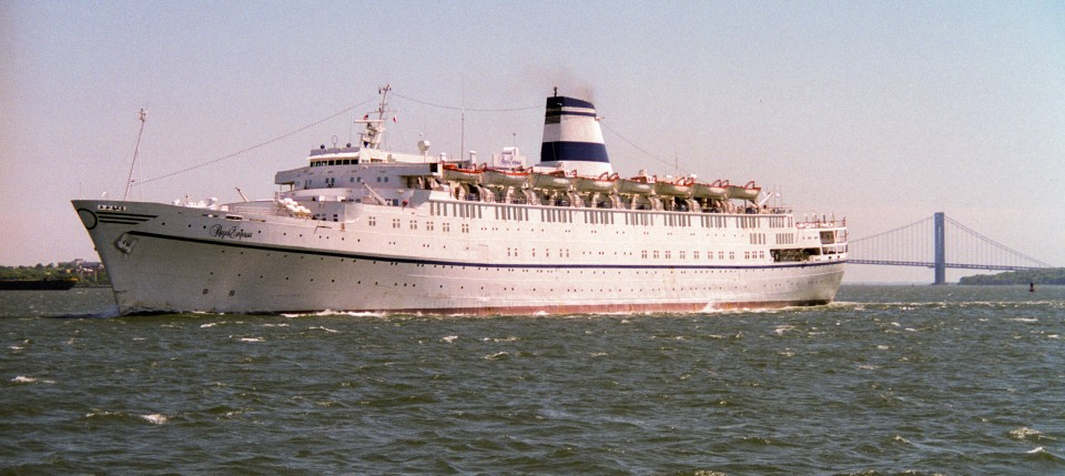 MS Regal Empress in New York Harbor, 1993